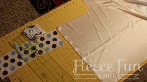 This Baby Tag Blanket Tutorial is easy and had step by step instructions to walk you through it. Also there is a video tutorial to help you visualize it. Great sewing project for baby.