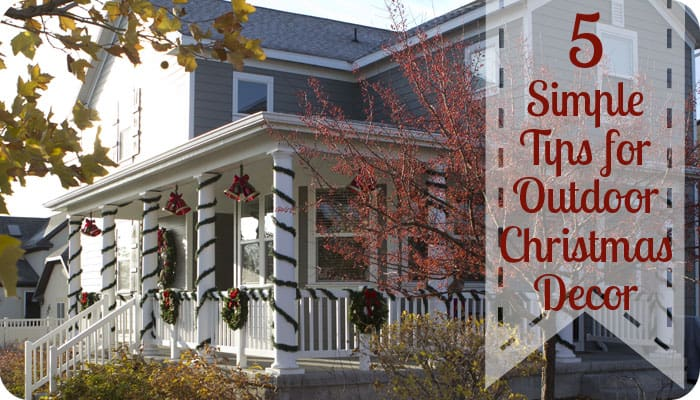 5 Tips On Outdoor Christmas Decorating ♥ Fleece Fun