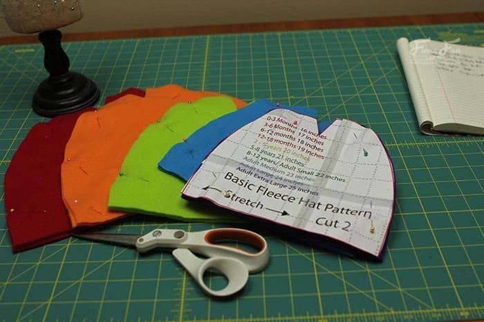 basic-fleece-hat-tutorial_0042