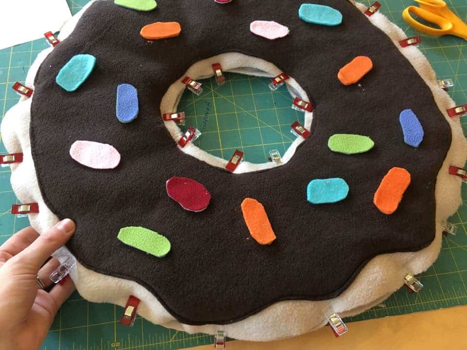 I love this donut costume DIY! It's straight forward sewing project that has a free pattern! Perfect for Halloween and parties and easy to personalize!