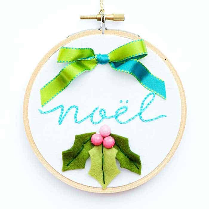 Wow this Christmas Embroidery Designs - Noel Hoop Ornament DIY makes a wonderful handmade gift. Easy step by step instructions and pictures. I love this handmade Christmas ornament and how beautiful it is, perfect for the holidays.
