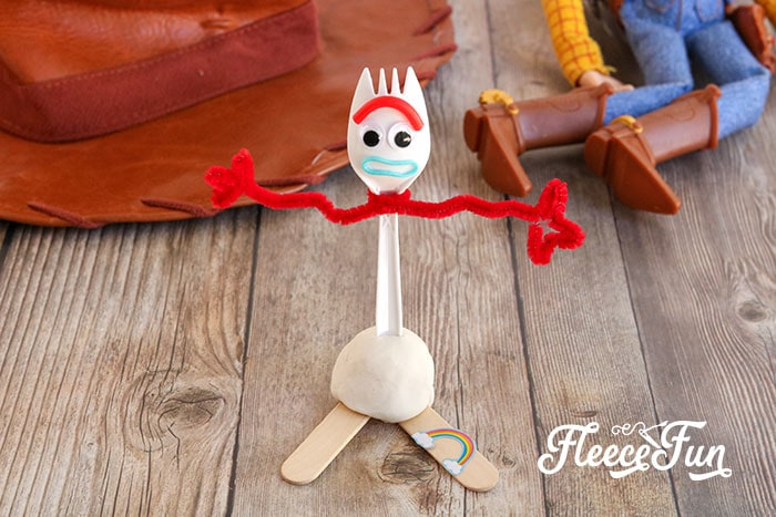Learn How to Make Forky from Toy Story with this easy to follow step by step tutorial. Perfect, easy craft for all ages - quick and fun to make!