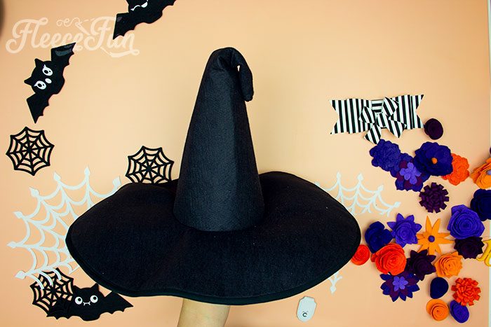 Top of cone crimped over on witch hat. Learn how to make a witch hat with this free pdf pattern and step by step tutorial. This couture style hat is sure to be a favorite year after year.