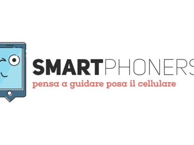 """Sicurezza stradale: """"Smartphoners"""" premia chi pensa solo a guidare"""
