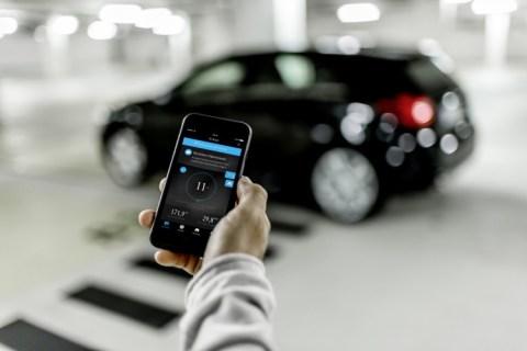 Mercedes: Al Salone di Francoforte con l'app EQ Ready