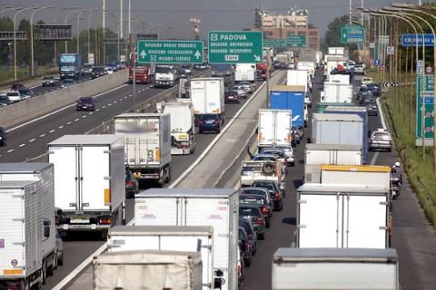 ANFIA, FEDERAUTO e UNRAE, lettera al Ministro Delrio per L'autotrasporto
