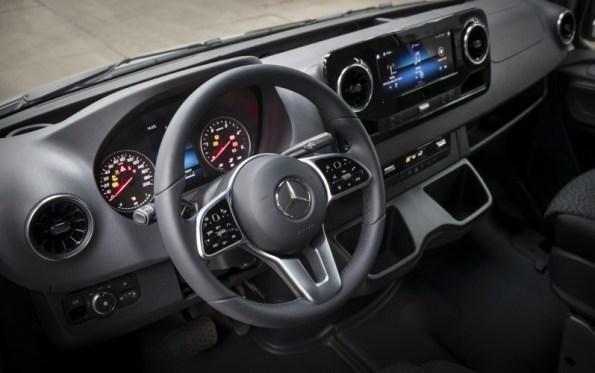 Nuovo Mercedes-Benz Sprinter Interni
