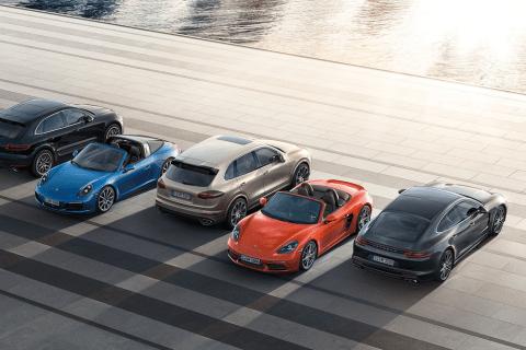 """Porsche: noleggio """"Fleex Drive"""" ne paghi una ne prendi due"""