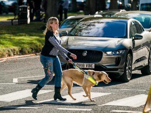 Sicurezza stradale, Jaguar I-Pace ha deciso di farsi sentire