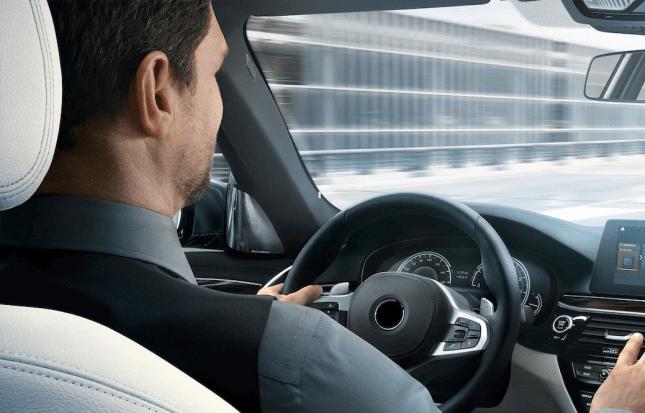 Uomo al volante Fleetime