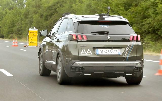 Groupe PSA e VINCI Autoroutes per nuovi test auto guida autonoma