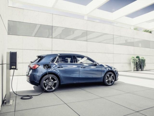 Mercedes Classe A e Classe B ibrido plug-in di terza generazione