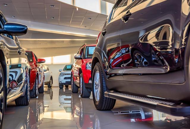 Immatricolazioni auto luglio: in Italia il mercato auto stabile a (-0,1%)