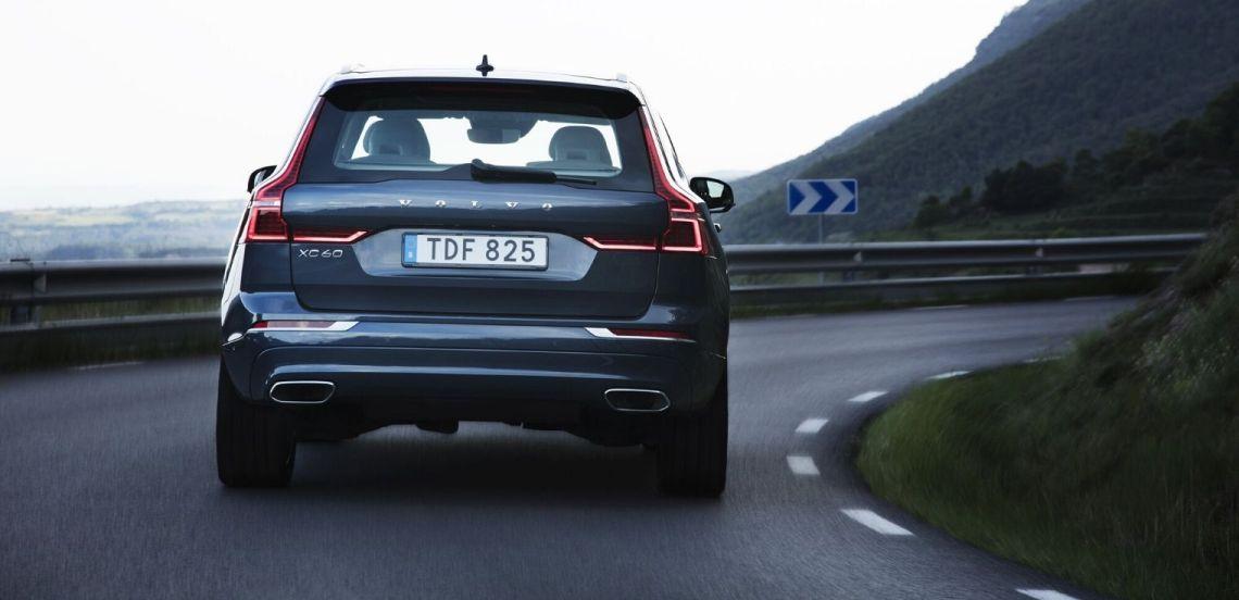 Nuova Volvo XC60 2020 posteriore