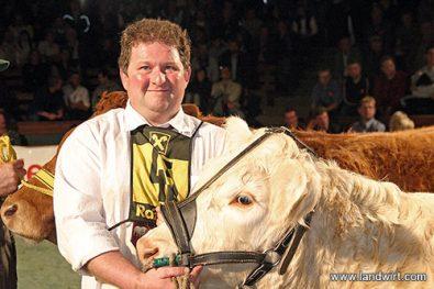 Superchampion Intensivrassen w, Bundessiegerin, 1. Platz: München (Picasso FR), Eberhard Hermann, KRZV (Foto: Landwirt.com)