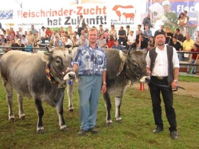 Bundessiegerinnen der Rasse Tiroler Grauvieh