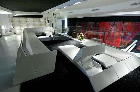 Un magasin futuriste en noir et blanc  Madrid  Floriane