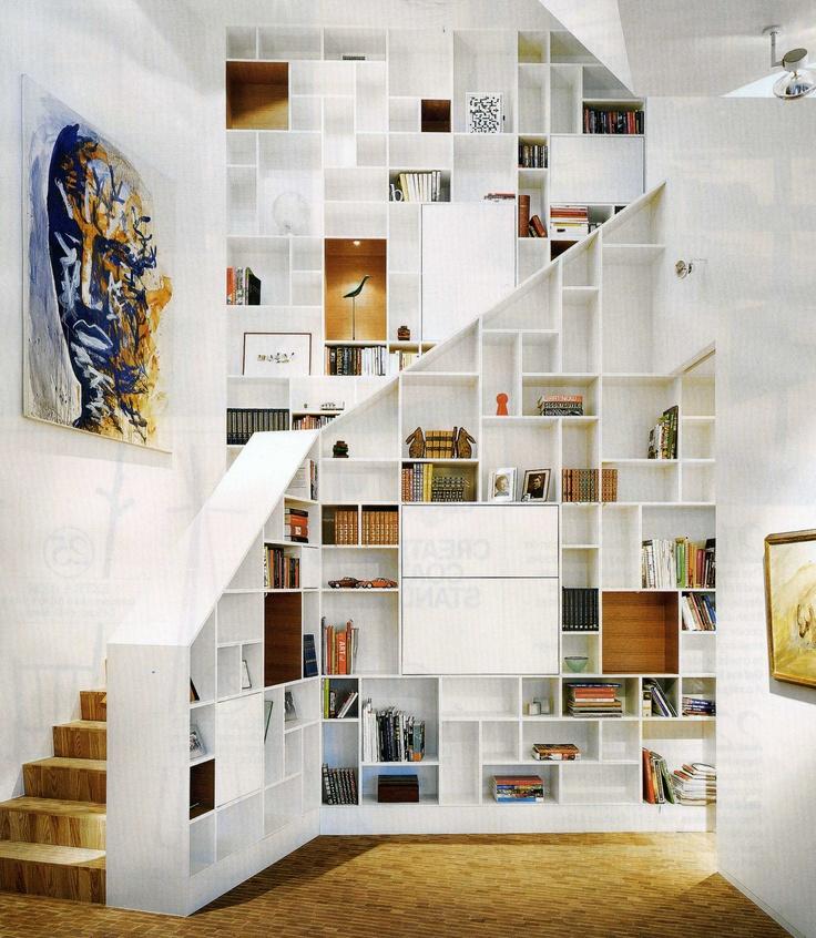 Lescalier est aussi un espace de rangement   Floriane