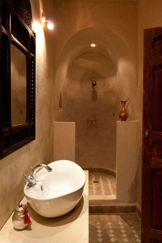 Des salles de bain au style oriental version pure