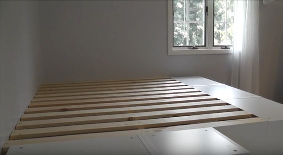 DIY  construire un lit plateforme  Floriane Lemari