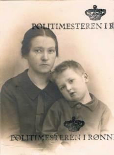 Passport photo, 1929