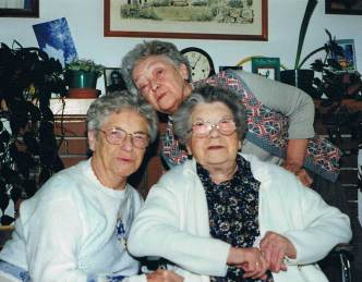 Three sisters: Ester, Mille and Magda in the 1990s