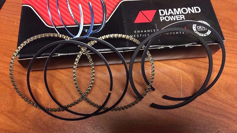 Dodge,Chrysler 300,Magnum,Charger,Sebring 2.7L new piston rings