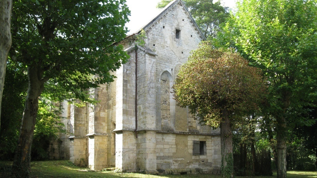 Le chœur de l'église du prieuré2