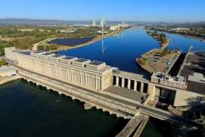CNR Barrage hydroélectrique sur le Rhône bleu
