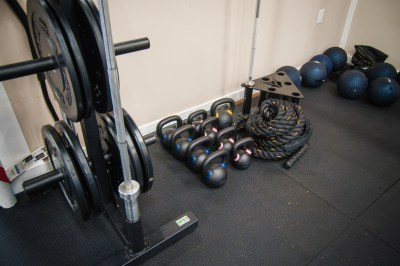 fit-body-shop-loganville-boot-camp-fitness-weights-3