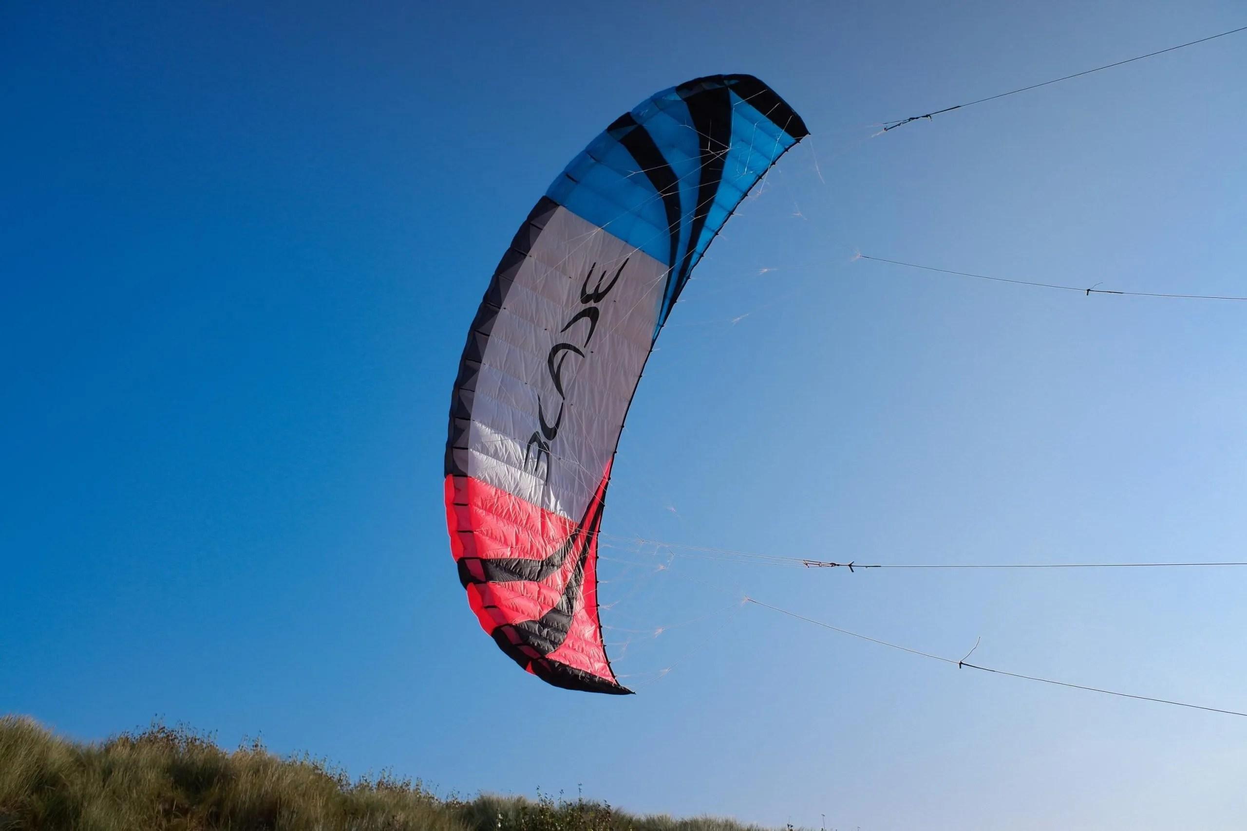 blade kite buggy