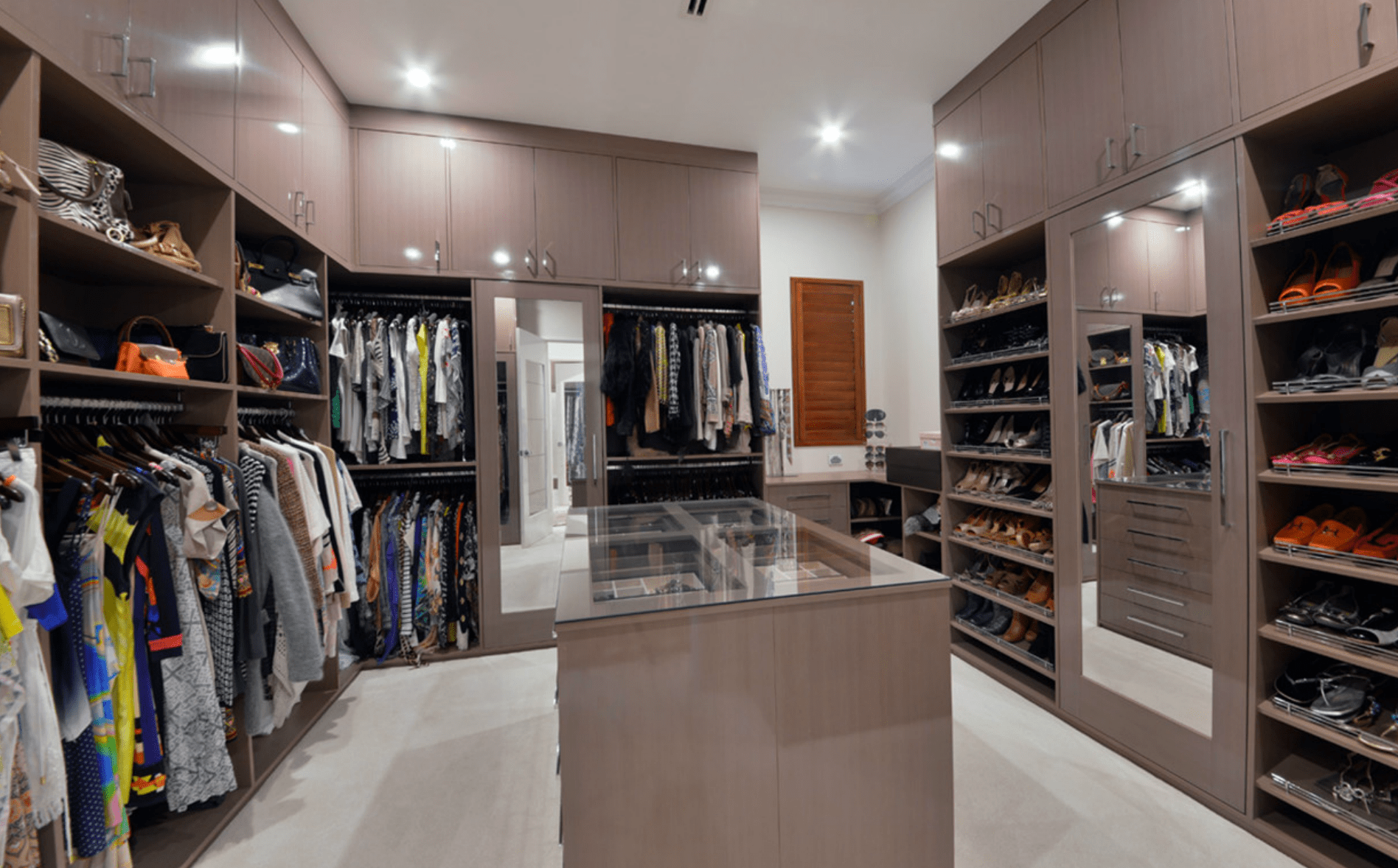 Create Your Dream Walk In Wardrobes in Perth