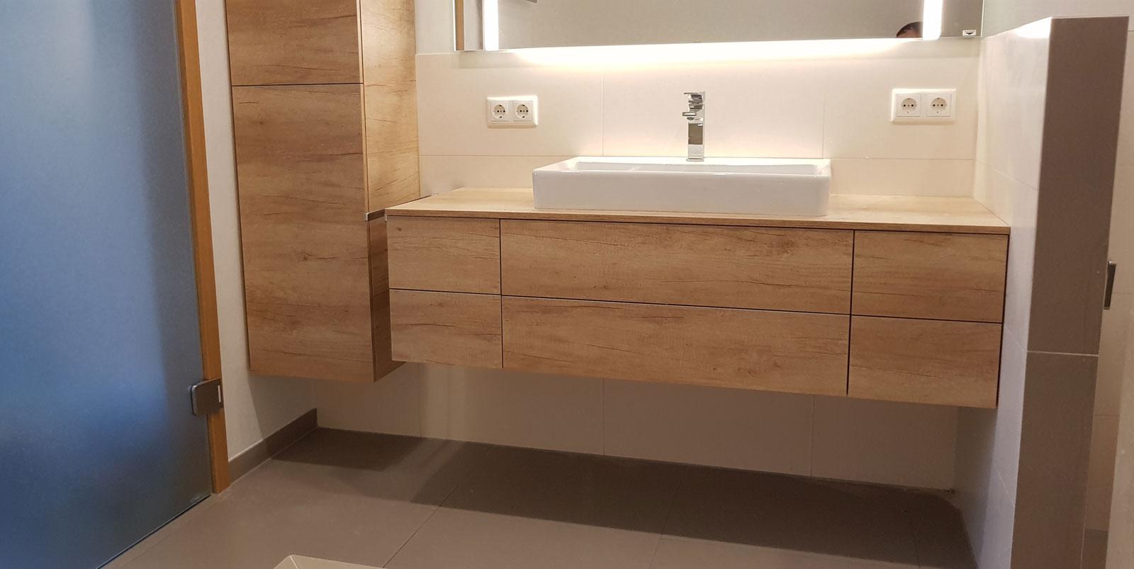 Moderne-Badezimmer von Fliesen Latifi | Gestaltung und Umsetzung