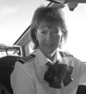 1980 Deborah Wardley—first Australian woman to fly for a major Australian commercial airline (National Pioneer Women's Hall of Fame, 2001) Photo: Courtesy of Deborah Wardley