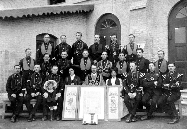 The 2nd Battalion Royal Welsh Fusiliers (RWF) in India. The International Order of Good Templars Red Dragon Lodge. Sergeant Bowen is in the middle row 3rd from right