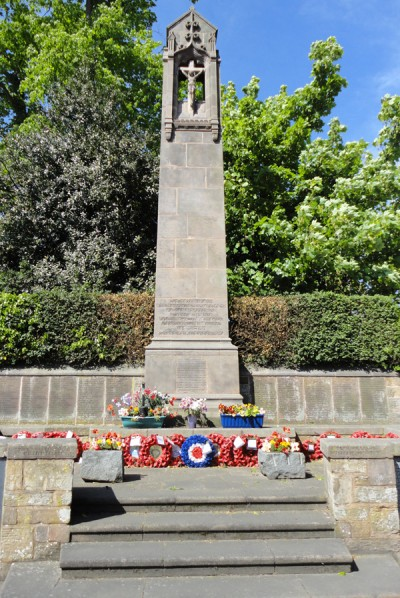 Hawarden War Memorial 002