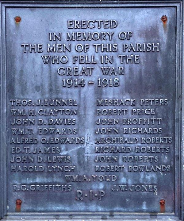 Llanfynydd-Memorial-002