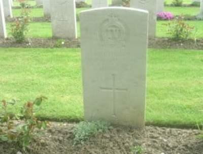 Walter's grave in France