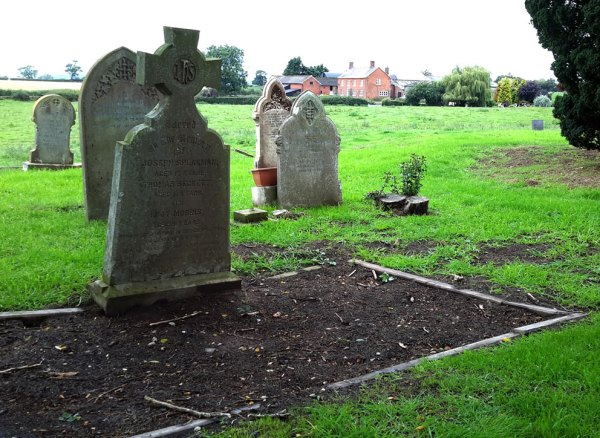 Bettisfield-childrens-Grave