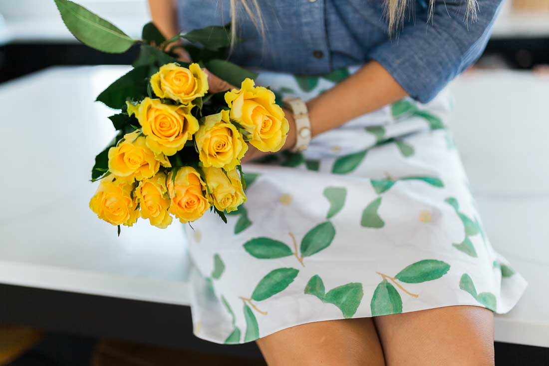 Yellow roses and beautiful skirts are two of the best things ever!