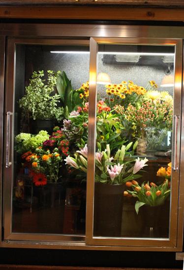 Tour of Stems Flower Shop Evergreen Colorado  Flirty Fleurs The Florist Blog  Inspiration for