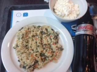 Hüttenkäse + Buchweizen in Sojamilch mit Kräutern