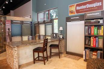 Hunter Douglas Window Treatment FLOOR360