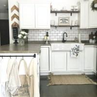 Kitchen Inspiration: 10 Farmhouse Kitchens - FlooringInc Blog