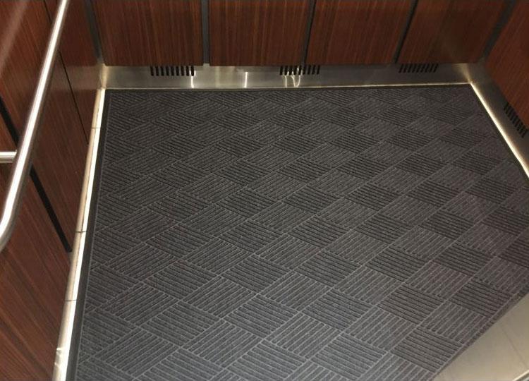 ScraperWiper Elevator Mat  Waterhog Eco  FloorMatShop