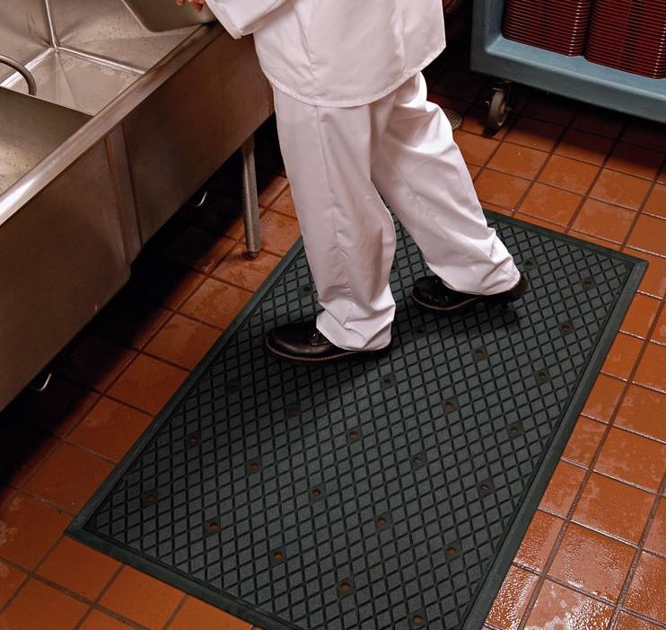 kitchen floor mats ikea kitchens usa traction hog slip resistant mat systems fs0004