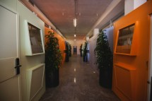 Bed & Boarding Sleeping In Airport Naples Floornature