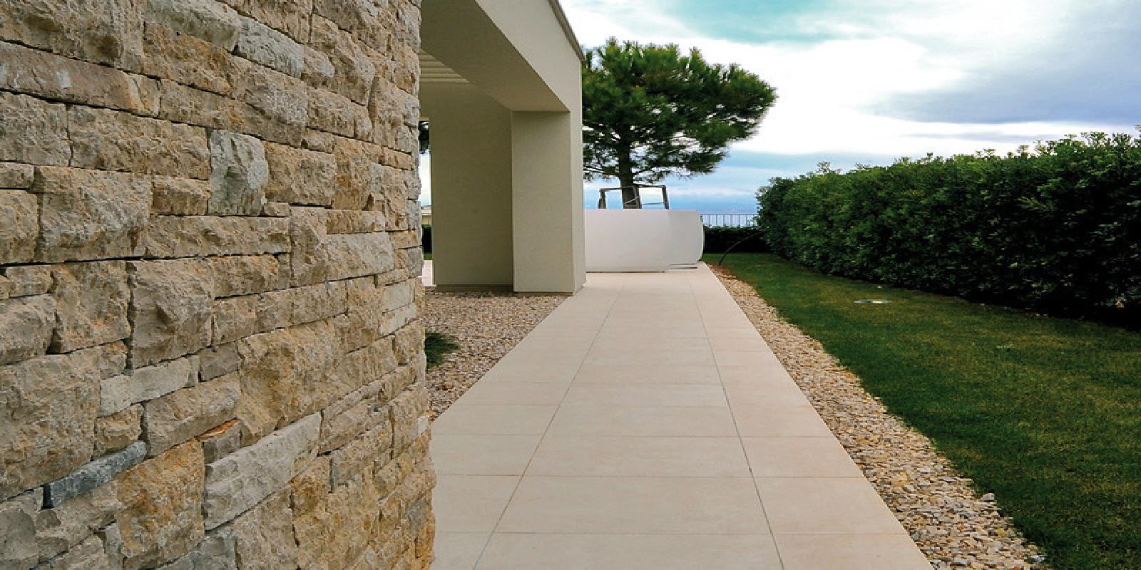 Pavimenti per esterni piastrelle sottili posa su pavimenti esistenti