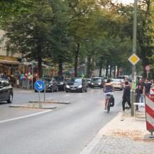 In der Florastraße: viel zu viel Autos.