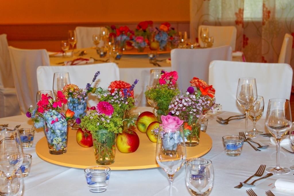 Hochzeit in prchtigen Farben  Floral M